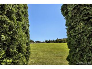 Photo 15: 112 1490 Garnet Road in VICTORIA: SE Cedar Hill Condo Apartment for sale (Saanich East)  : MLS®# 368666