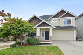 Photo 1: 5944 165TH Street in Surrey: Cloverdale BC House for sale (Cloverdale)  : MLS®# R2101439