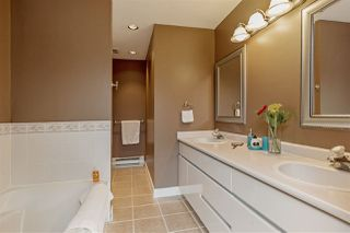 "Photo 11: 21 8855 212 Street in Langley: Walnut Grove Townhouse for sale in ""GOLDEN RIDGE"" : MLS®# R2104787"