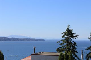 Photo 6: 15360 ROYAL Avenue: White Rock House for sale (South Surrey White Rock)  : MLS®# R2115146