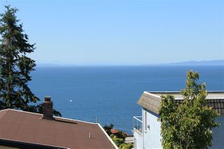 Photo 9: 15360 ROYAL Avenue: White Rock House for sale (South Surrey White Rock)  : MLS®# R2115146