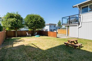 Photo 18: 15360 ROYAL Avenue: White Rock House for sale (South Surrey White Rock)  : MLS®# R2115146