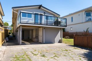Photo 17: 15360 ROYAL Avenue: White Rock House for sale (South Surrey White Rock)  : MLS®# R2115146