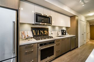 """Photo 4: 501 384 E 1ST Avenue in Vancouver: Mount Pleasant VE Condo for sale in """"CANVAS"""" (Vancouver East)  : MLS®# R2122429"""