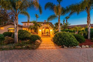 Photo 4: RANCHO SANTA FE House for sale : 8 bedrooms : 16738 Zumaque