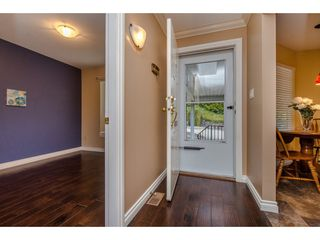 "Photo 3: 5 3351 HORN Street in Abbotsford: Central Abbotsford Townhouse for sale in ""Evansbrook Estates"" : MLS®# R2160058"