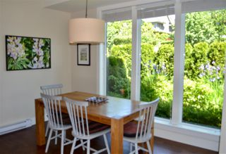 """Photo 5: 1787 NAPIER Street in Vancouver: Grandview VE Townhouse for sale in """"ROBERTSON PLACE"""" (Vancouver East)  : MLS®# R2171675"""
