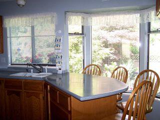 Photo 7: 6513 WOODGLEN Street in N. Delta: Home for sale : MLS®# F1016202