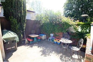 Photo 17: 2432 Richmond Rd in VICTORIA: Vi Jubilee Half Duplex for sale (Victoria)  : MLS®# 761847