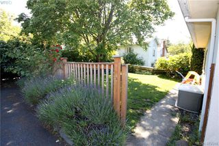 Photo 18: 2432 Richmond Rd in VICTORIA: Vi Jubilee Half Duplex for sale (Victoria)  : MLS®# 761847
