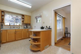 Photo 8: 528 E 7TH Street in North Vancouver: Lower Lonsdale House for sale : MLS®# R2210510