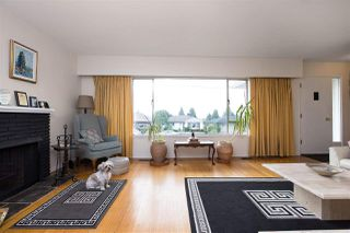 Photo 4: 528 E 7TH Street in North Vancouver: Lower Lonsdale House for sale : MLS®# R2210510