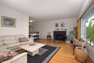 Photo 5: 528 E 7TH Street in North Vancouver: Lower Lonsdale House for sale : MLS®# R2210510