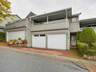 "Photo 1: 49 323 GOVERNORS Court in New Westminster: Fraserview NW Townhouse for sale in ""GOVERNORS COURT"" : MLS®# R2213153"