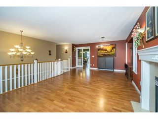 "Photo 5: 27945 JUNCTION Avenue in Abbotsford: Aberdeen House for sale in ""~Station~"" : MLS®# R2216162"