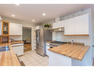 Photo 3: 29575 TAISE Place in Mission: Stave Falls House for sale : MLS®# R2226620