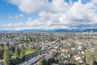 "Photo 14: 2205 4160 SARDIS Street in Burnaby: Central Park BS Condo for sale in ""Central Park Place"" (Burnaby South)  : MLS®# R2233323"