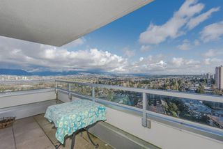 "Photo 11: 2205 4160 SARDIS Street in Burnaby: Central Park BS Condo for sale in ""Central Park Place"" (Burnaby South)  : MLS®# R2233323"