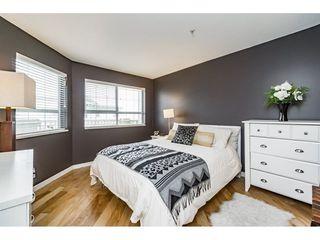 """Photo 6: 426 15268 105 Avenue in Surrey: Guildford Condo for sale in """"Georgian Gardens"""" (North Surrey)  : MLS®# R2243347"""