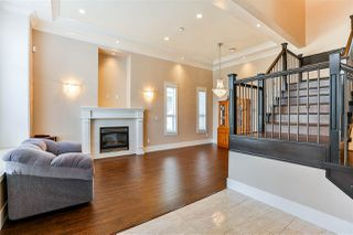 Photo 3: 3762 JAMBOR Court in Burnaby: Central BN House for sale (Burnaby North)  : MLS®# R2248697