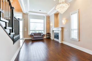 Photo 5: 3762 JAMBOR Court in Burnaby: Central BN House for sale (Burnaby North)  : MLS®# R2248697