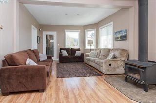 Photo 2: 2740 Sooke Road in VICTORIA: La Glen Lake Single Family Detached for sale (Langford)  : MLS®# 390455