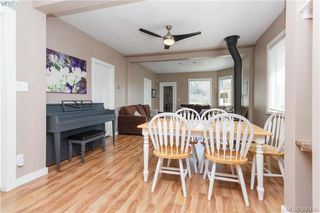 Photo 3: 2740 Sooke Rd in VICTORIA: La Glen Lake Single Family Detached for sale (Langford)  : MLS®# 784806