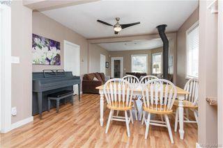 Photo 3: 2740 Sooke Rd in VICTORIA: La Glen Lake House for sale (Langford)  : MLS®# 784806