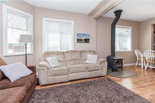 Photo 4: 2740 Sooke Rd in VICTORIA: La Glen Lake House for sale (Langford)  : MLS®# 784806