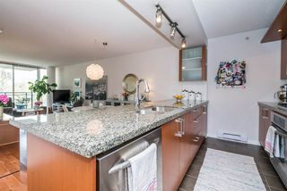 "Photo 11: 306 1650 W 7TH Avenue in Vancouver: Fairview VW Condo for sale in ""THE VIRTU"" (Vancouver West)  : MLS®# R2266835"