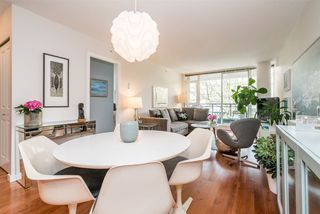 "Photo 5: 306 1650 W 7TH Avenue in Vancouver: Fairview VW Condo for sale in ""THE VIRTU"" (Vancouver West)  : MLS®# R2266835"