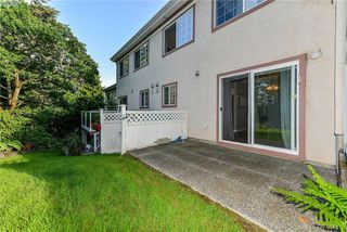 Photo 5: 72 14 Erskine Lane in VICTORIA: VR Hospital Townhouse for sale (View Royal)  : MLS®# 394679