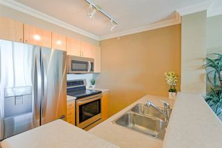 Photo 7: 1103 2733 CHANDLERY Place in Vancouver: Fraserview VE Condo for sale (Vancouver East)  : MLS®# R2288195