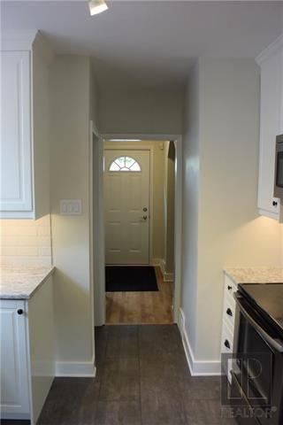 Photo 4: 882 Banning Street in Winnipeg: Residential for sale (5C)  : MLS®# 1821945