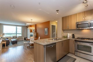 Photo 4: 312 701 KLAHANIE Drive in Port Moody: Port Moody Centre Condo for sale : MLS®# R2299444