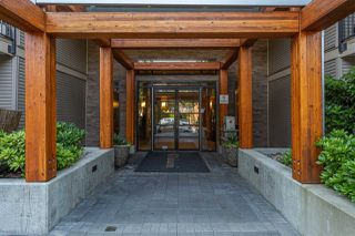 Photo 2: 312 701 KLAHANIE Drive in Port Moody: Port Moody Centre Condo for sale : MLS®# R2299444