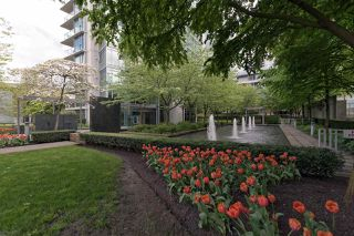 "Photo 4: 701 1650 BAYSHORE Drive in Vancouver: Coal Harbour Condo for sale in ""BAYSHORE GARDENS"" (Vancouver West)  : MLS®# R2304976"