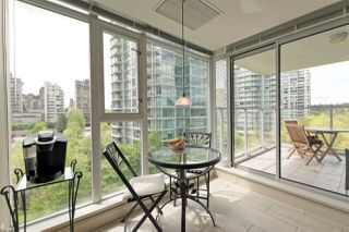 "Photo 13: 701 1650 BAYSHORE Drive in Vancouver: Coal Harbour Condo for sale in ""BAYSHORE GARDENS"" (Vancouver West)  : MLS®# R2304976"