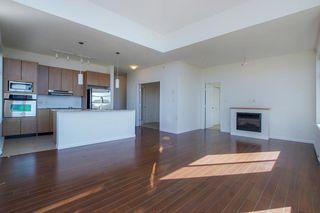 Photo 3: 418 15322 101 Avenue in Surrey: Guildford Condo for sale (North Surrey)  : MLS®# R2305760