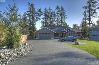 Photo 1: 8607 Emard Terrace in NORTH SAANICH: NS Bazan Bay Single Family Detached for sale (North Saanich)  : MLS®# 400001