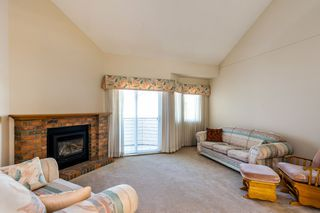"""Photo 2: 207 22515 116 Avenue in Maple Ridge: East Central Townhouse for sale in """"WESTGROVE"""" : MLS®# R2309868"""