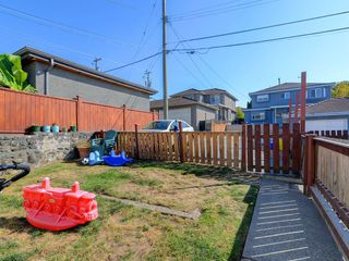 Photo 17: 1948 E 33RD Avenue in Vancouver: Victoria VE House for sale (Vancouver East)  : MLS®# R2319440