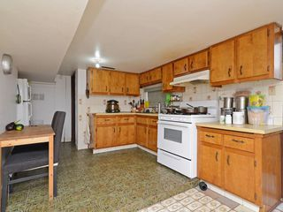 Photo 10: 1948 E 33RD Avenue in Vancouver: Victoria VE House for sale (Vancouver East)  : MLS®# R2319440