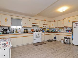 Photo 6: 1948 E 33RD Avenue in Vancouver: Victoria VE House for sale (Vancouver East)  : MLS®# R2319440