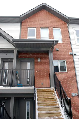 Main Photo: 44 2560 PEGASUS Boulevard in Edmonton: Zone 27 Townhouse for sale : MLS®# E4136032
