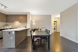 Photo 15: 302 9168 SLOPES Mews in Burnaby: Simon Fraser Univer. Condo for sale (Burnaby North)  : MLS®# R2323428