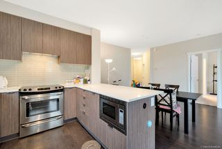 Photo 14: 302 9168 SLOPES Mews in Burnaby: Simon Fraser Univer. Condo for sale (Burnaby North)  : MLS®# R2323428