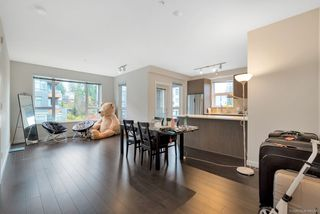 Photo 12: 302 9168 SLOPES Mews in Burnaby: Simon Fraser Univer. Condo for sale (Burnaby North)  : MLS®# R2323428