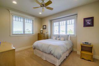 Photo 11: SOUTH ESCONDIDO House for sale : 5 bedrooms : 751 Gretna Green Way in Escondido