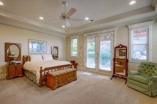 Photo 7: SOUTH ESCONDIDO House for sale : 5 bedrooms : 751 Gretna Green Way in Escondido